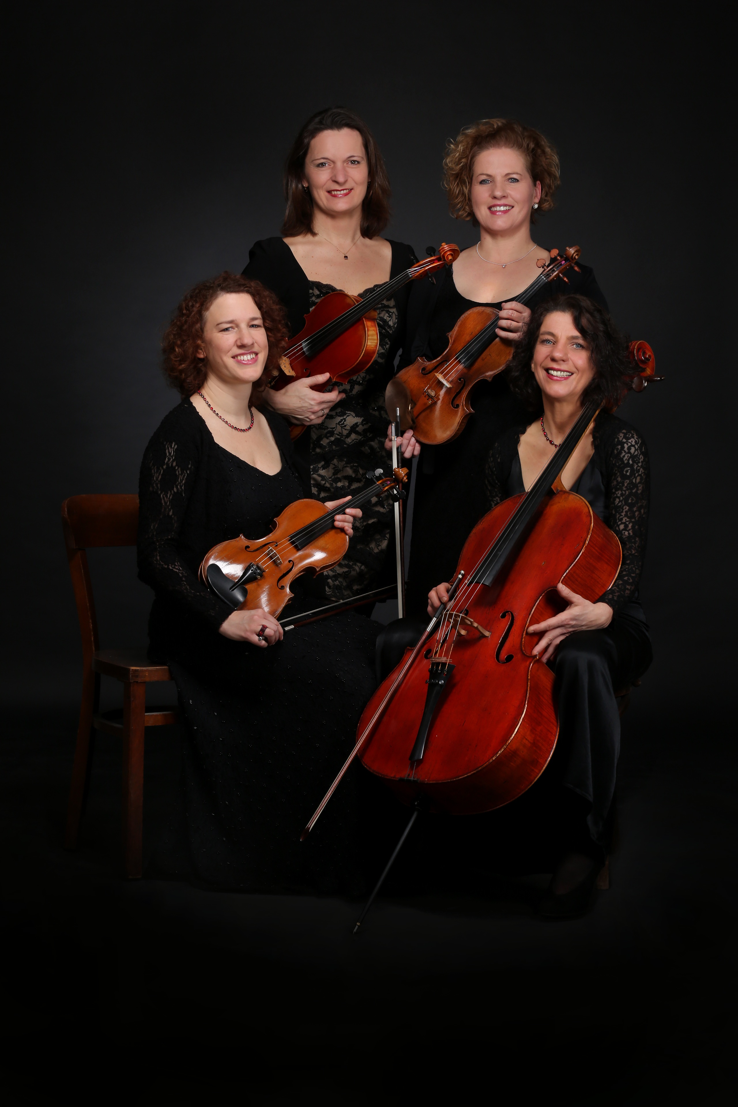 v.l.n.r..: Martina Horejsi (Violine), Jana Andraschke (Viola), Irmgard Zavelberg (Violine), Ulrike Zavelberg (Cello)